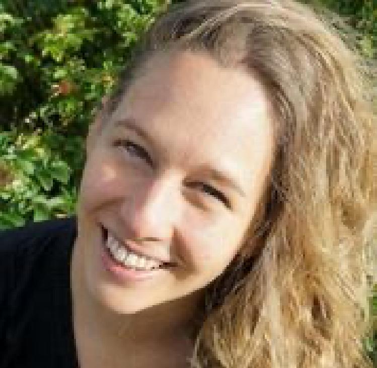 Almuth Simone Schmidt